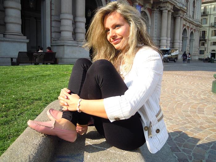 It Girl by Eleonora Petrella - A Sunny Day