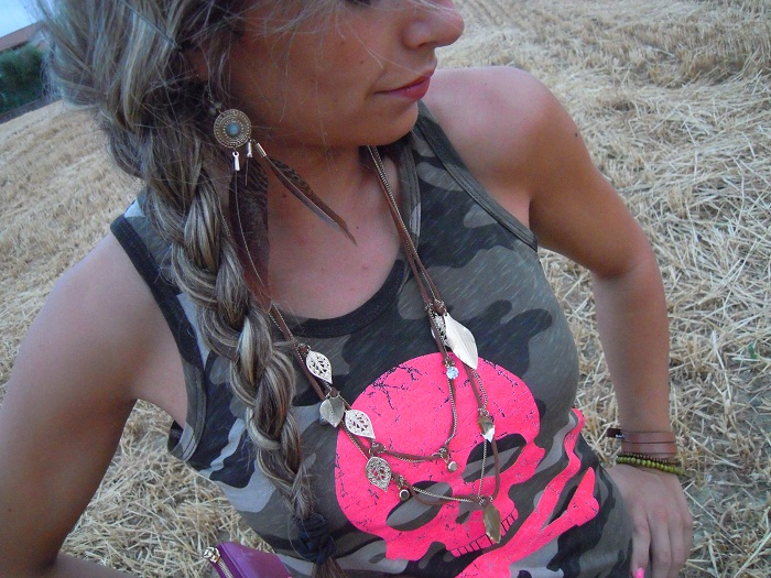 camouflage t-shirt and biker boots