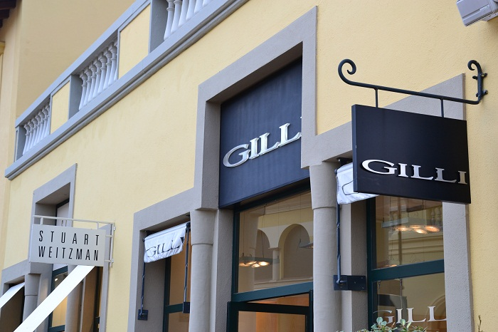 Outlet Village Serravalle Scrivia - It-girl by Eleonora Petrella