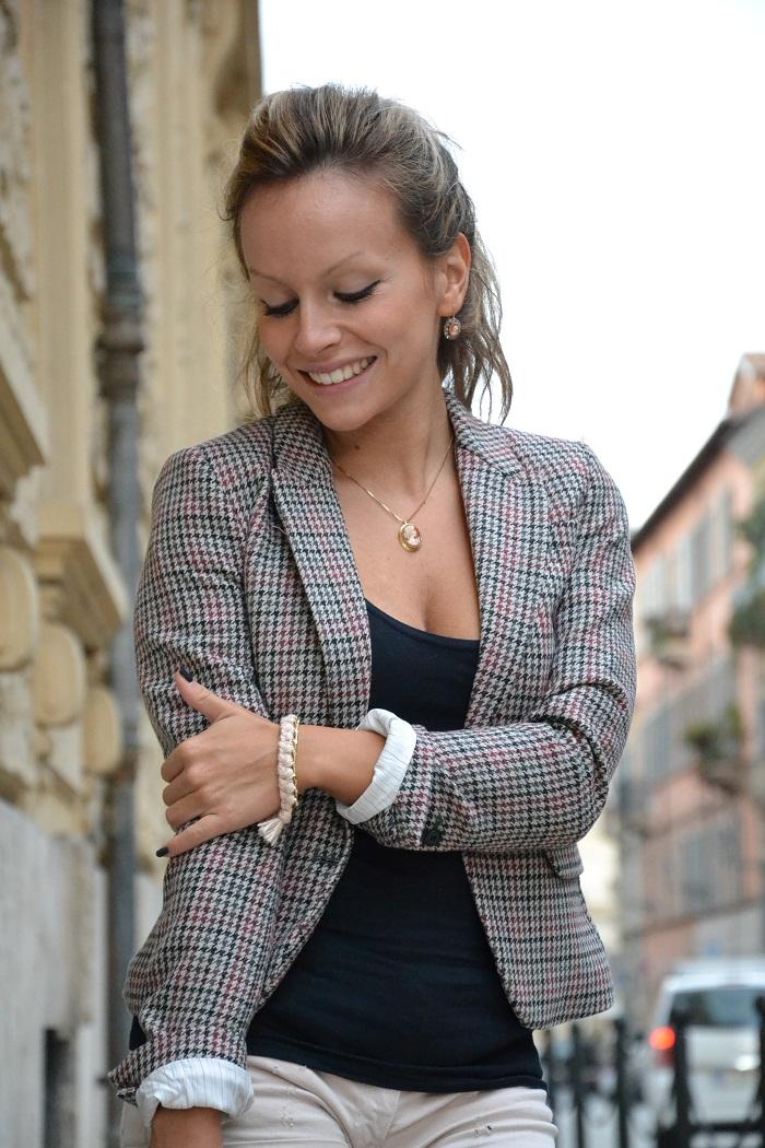 Prada bag and tweed jacket - it-girl by Eleonora Petrella