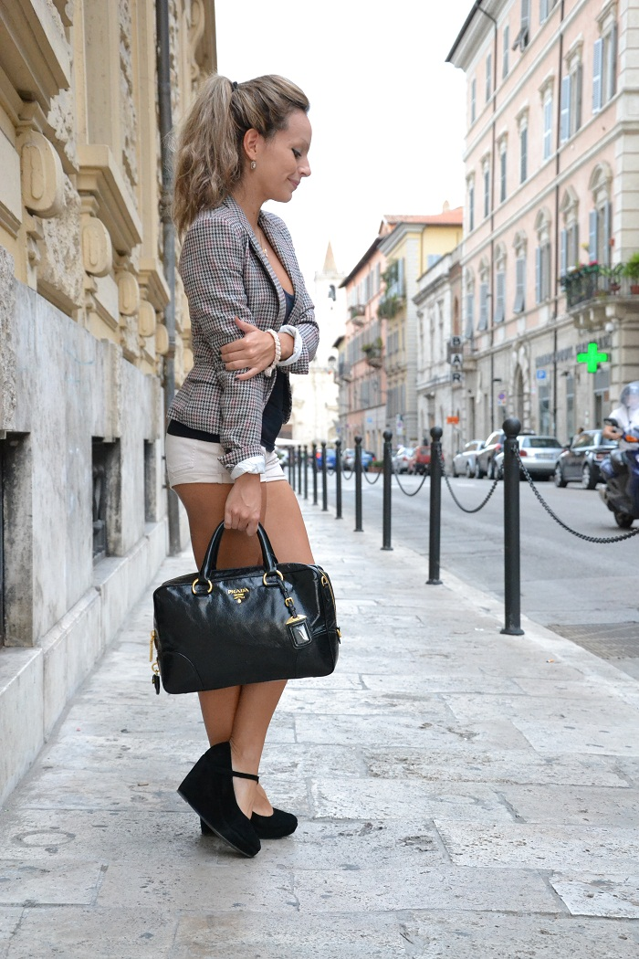 Prada bag and tweed jacket - it-girl by Eleonora Petrella