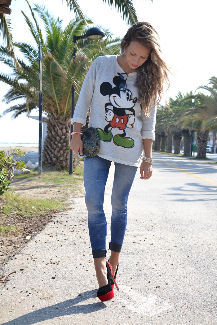 Mickey Mouse sweatshirt - It-girl by Eleonora Petrella