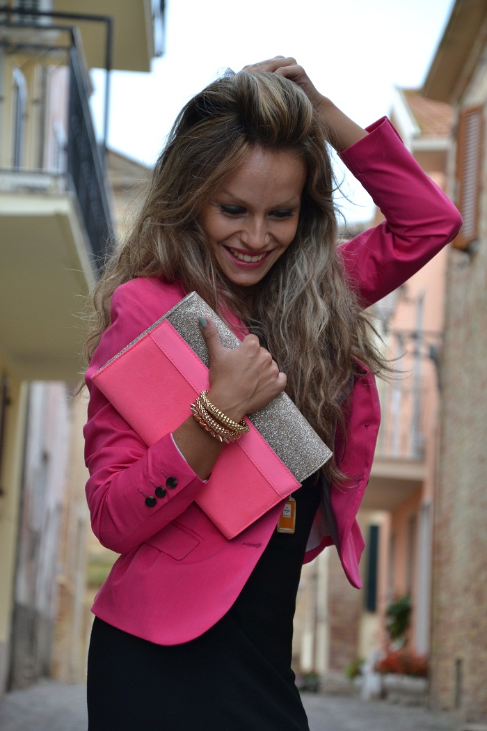 H&M pink jacket and pink heels - It-girl by Eleonora Petrella