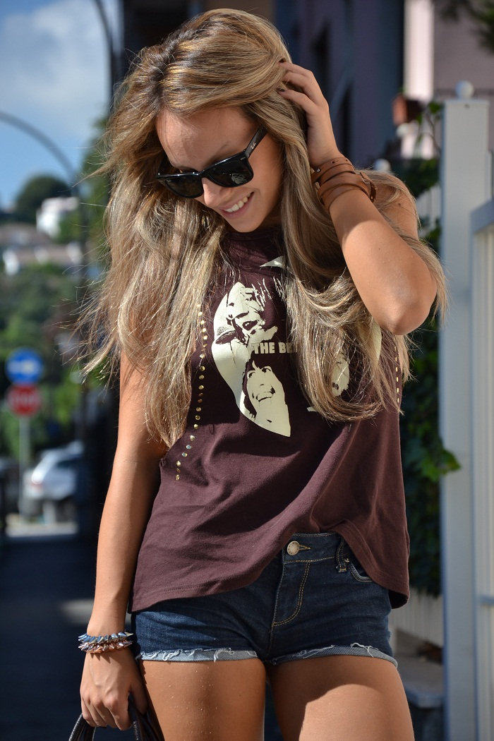 The Beatles t-shirt and Rayban Wayfarer - It-girl by Eleonora Petrella