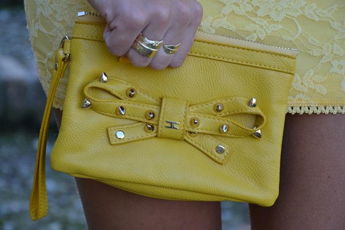 yellow dress and elisabetta franchi bag - It-girl by Eleonora Petrella