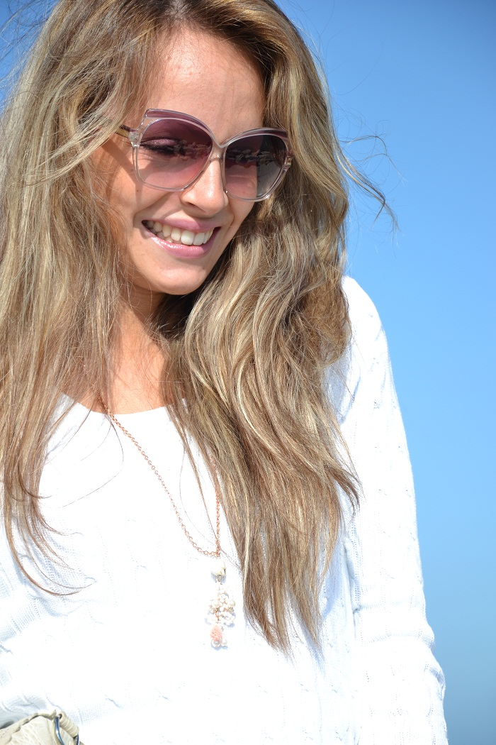 Tommy Hilfiger jersey and Yves Saint Laurent sunglasses - It-girl by Eleonora Petrella