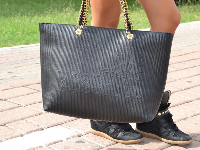 moschino bag - It-girl by Eleonora Petrella