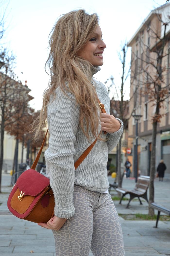 Leopard pants and Zara heels - It-girl by Eleonora Petrella