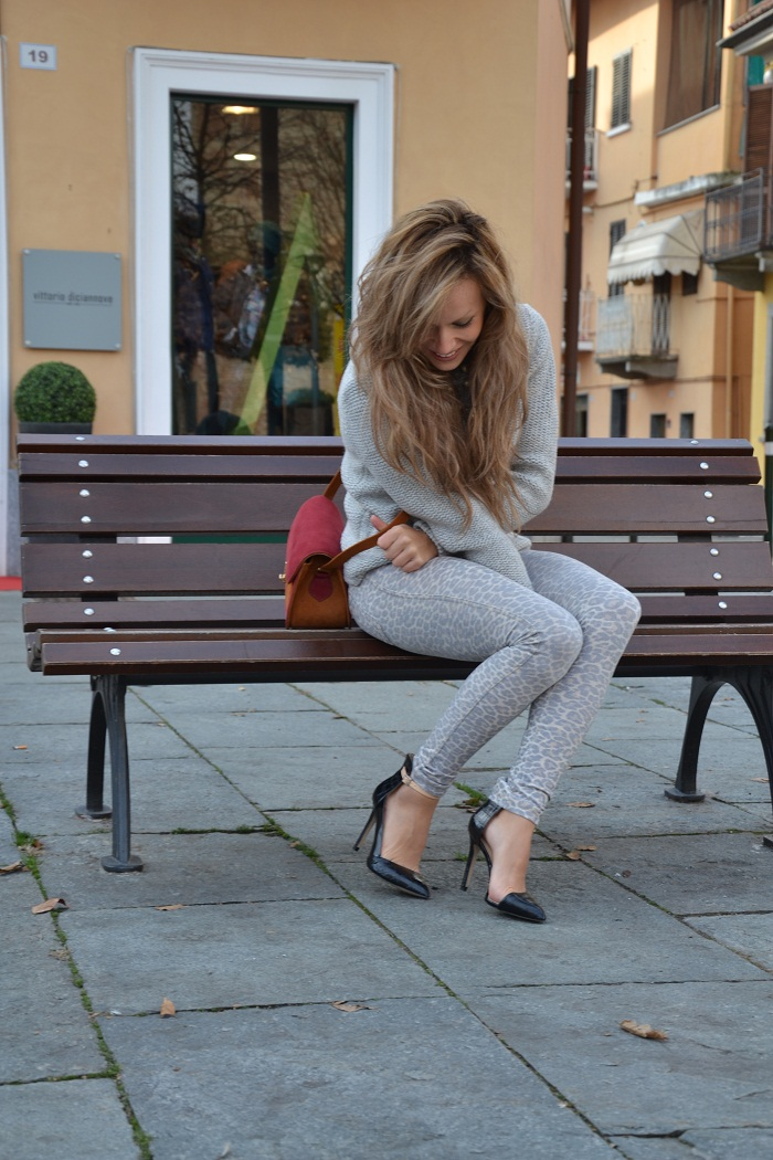 Leopard pants and Zara heels - It-girl by Eleonora Petrella