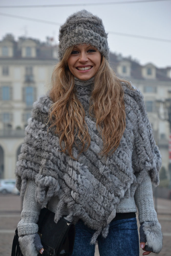 Faux fur cape, gloves and beanie and Elisabetta Franchi bag - It-girl by Eleonora Petrella