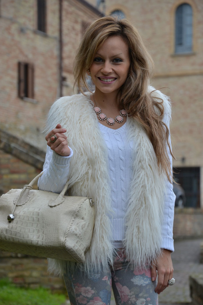 H&M faux fur gilet, flower pants and Furla bag - It-girl by Eleonora Petrella