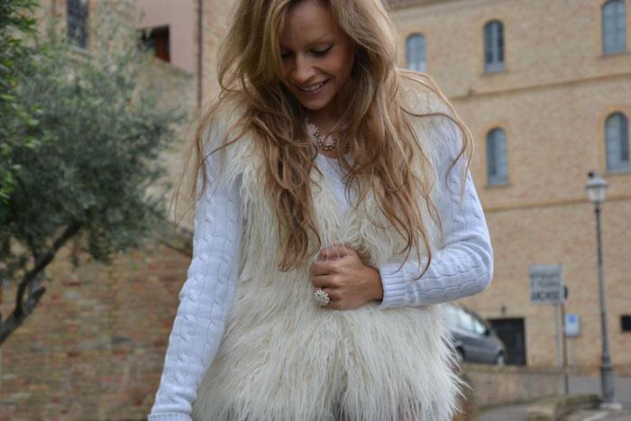 H&M faux fur gilet, flower pants and Furla bag - It-girl by Eleonora Petrella