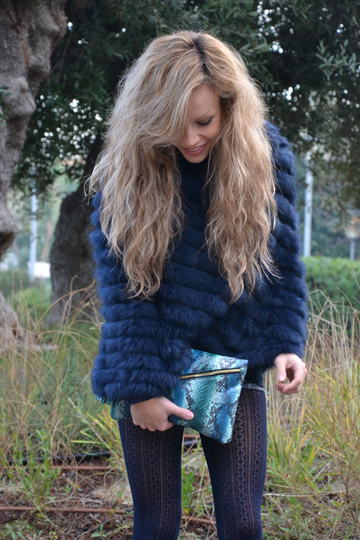 Blue faux fur cape, Zara heels and Asos pochette - It-girl by Eleonora Petrella
