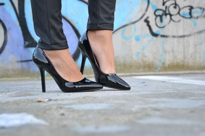 Faux fur jacket and pochette and Zara heels - It-Girl by Eleonora Petrella