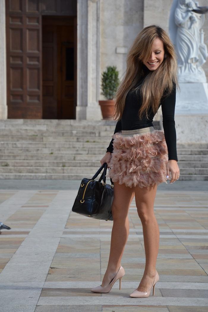 Stradivarius feather skirt - It-girl by Eleonora Petrella