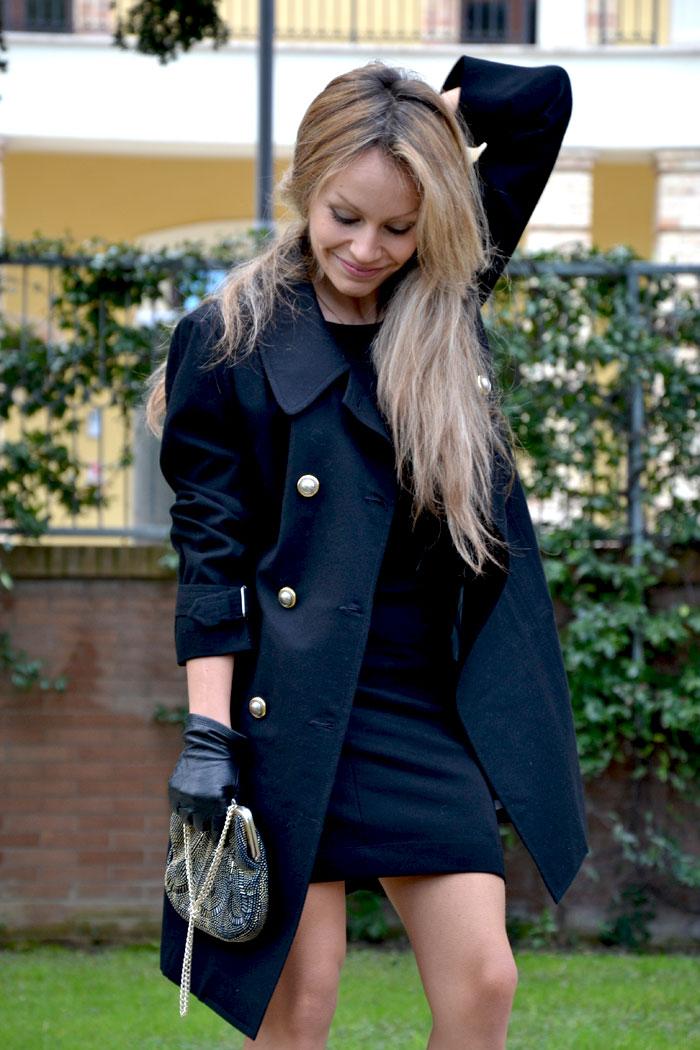 Armani coat and Zara shoes - It-girl by Eleonora Petrella