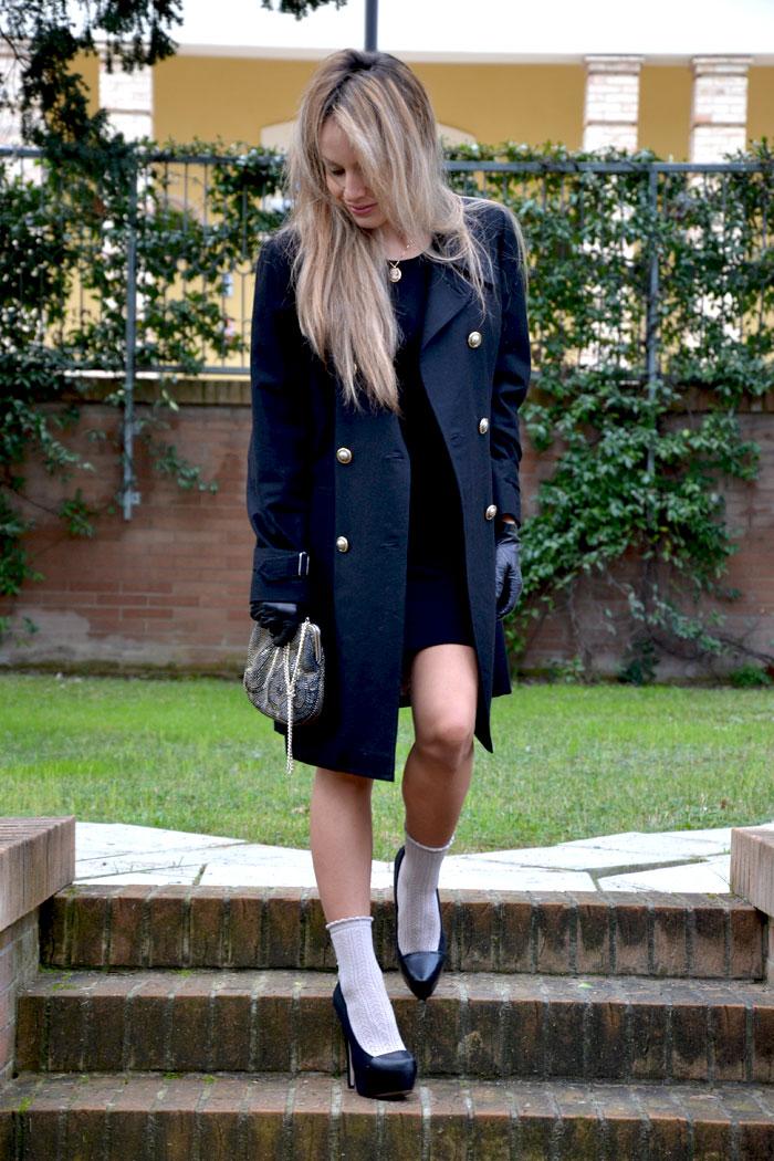 Armani coat and Zara shoes - It-girl by Eleonora Petrella
