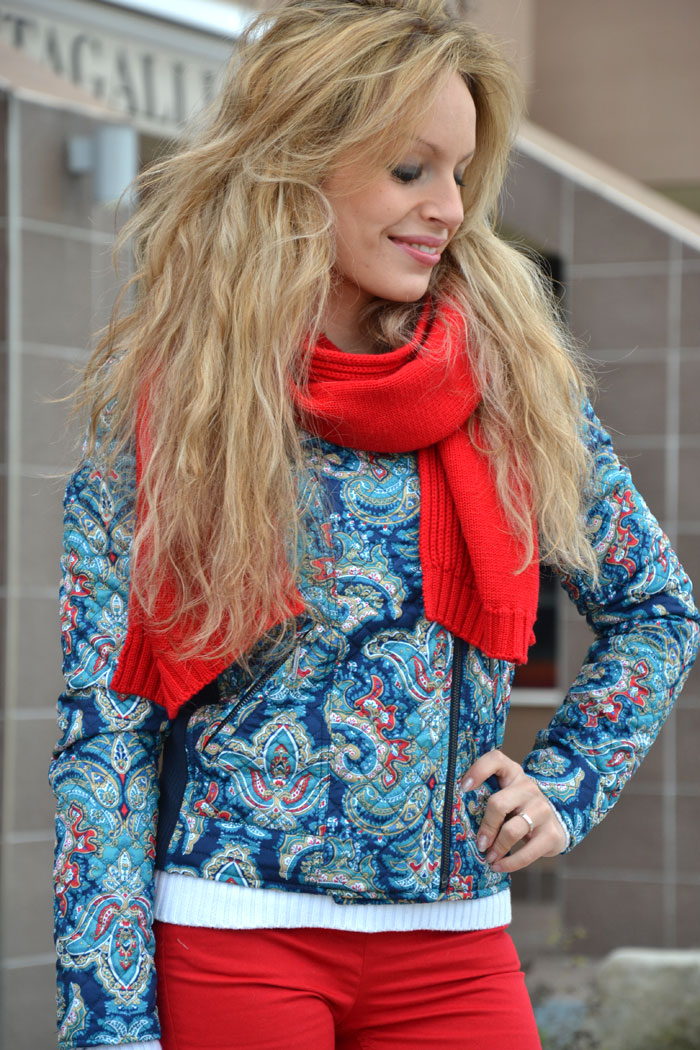 Stradivarius paisley jacket and red pants - It-girl by Eleonora Petrella