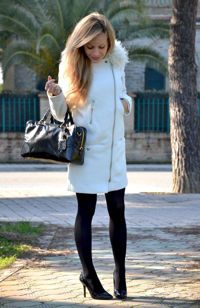H&M white coat and Prada bag - It-girl by Eleonora Petrella