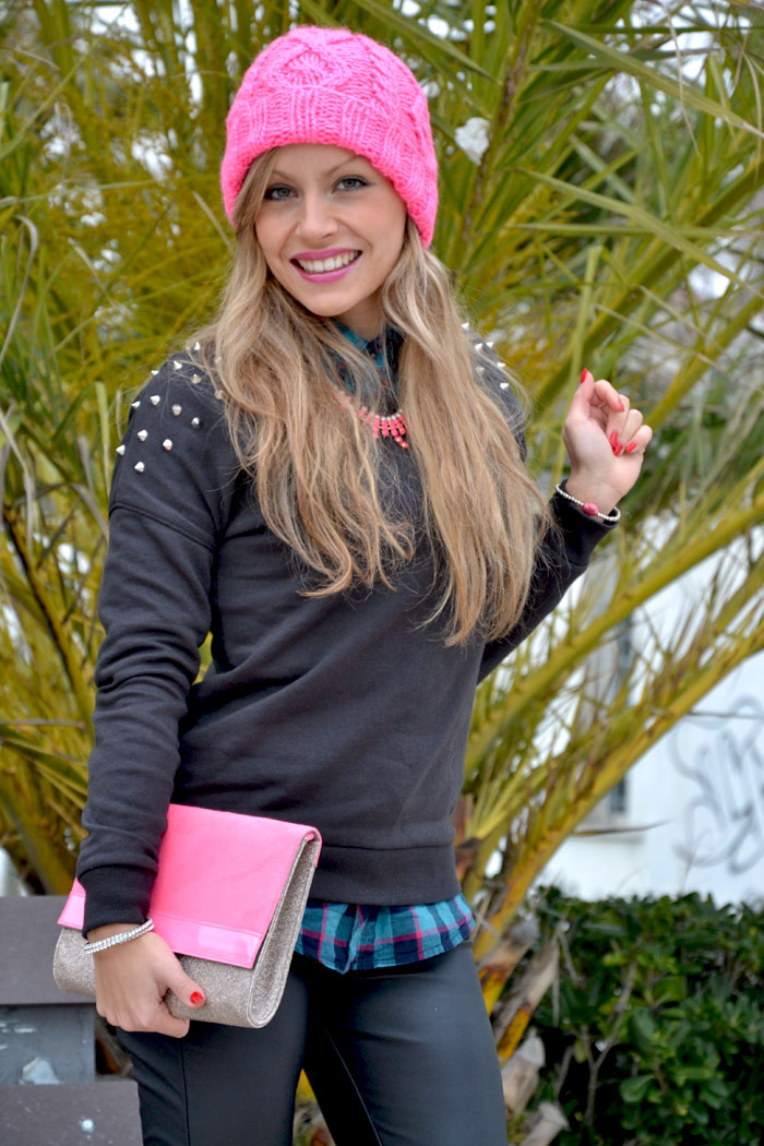 H&M Beanie and clutch fluo pink - It-Girl by Eleonora Petrella