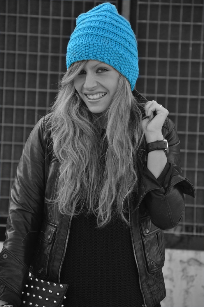 H&M Blu sky beanie and Dr Martens - It-Girl by Eleonora Petrella