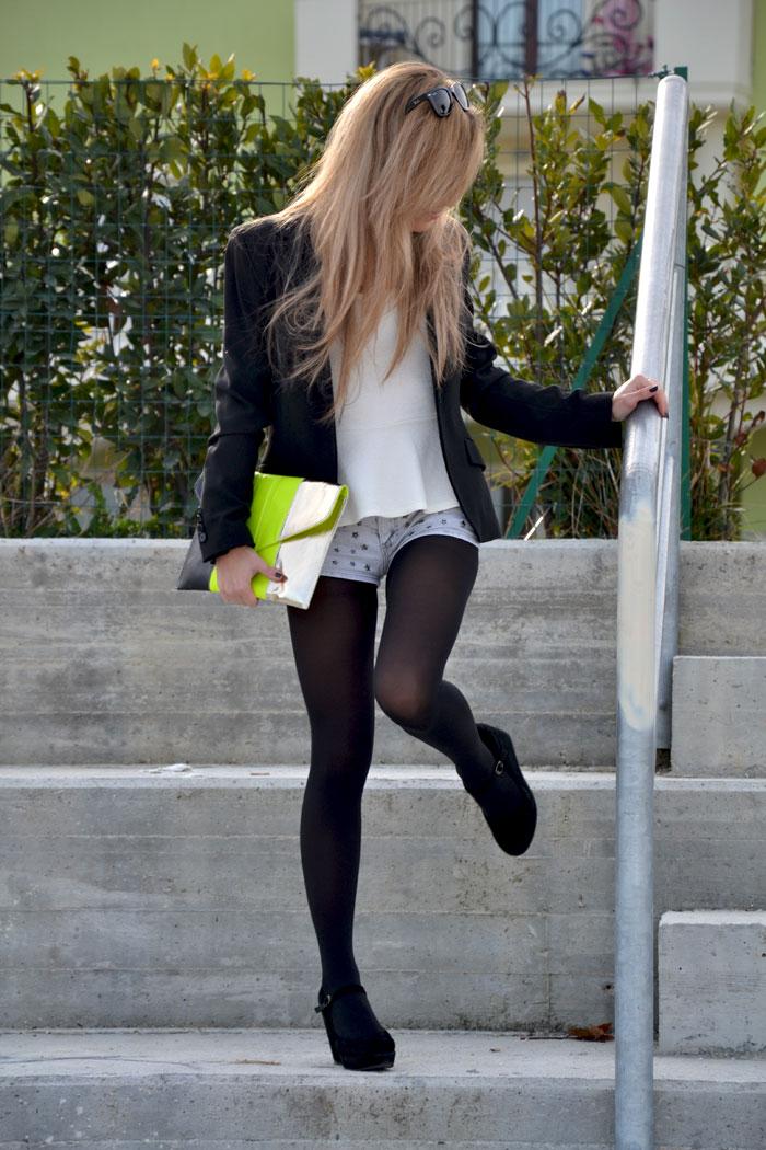 Bershka jeans shorts, peplum tee and Rayban Wayfarer - It-girl by Eleonora Petrella