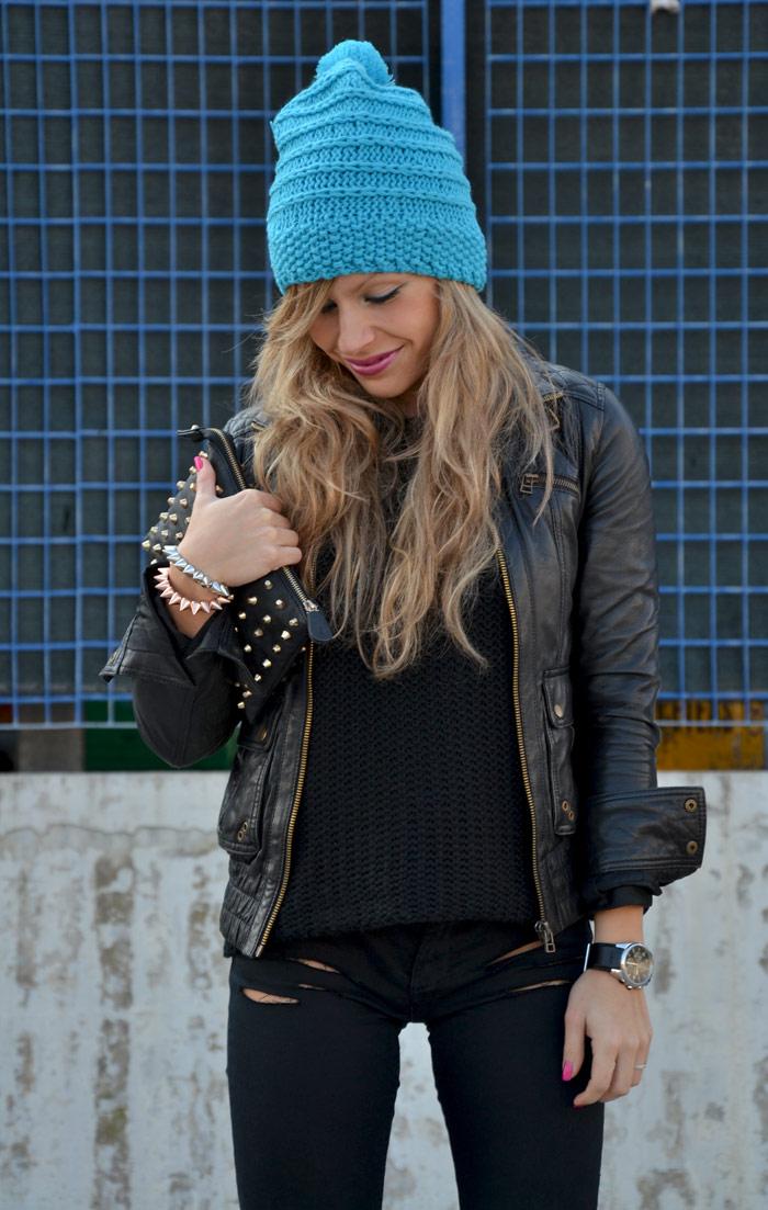 H&M Blu sky beanie and Dr Martens - It-Girl by Eleonora Petrella