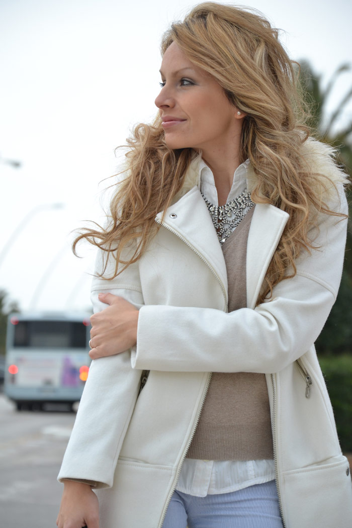 H&M white coat and Zara studded pochette - It-Girl by Eleonora Petrella