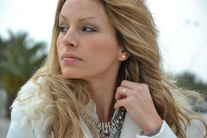 H&M white coat and Zara studded pochette - It-Girl by Eleonora Petrella