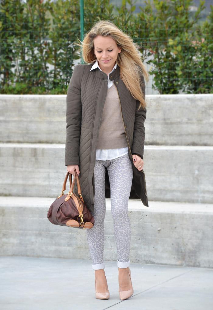 Zara olive coat and cream pumps - outfit fashion blogger It-Girl by Eleonora Petrella