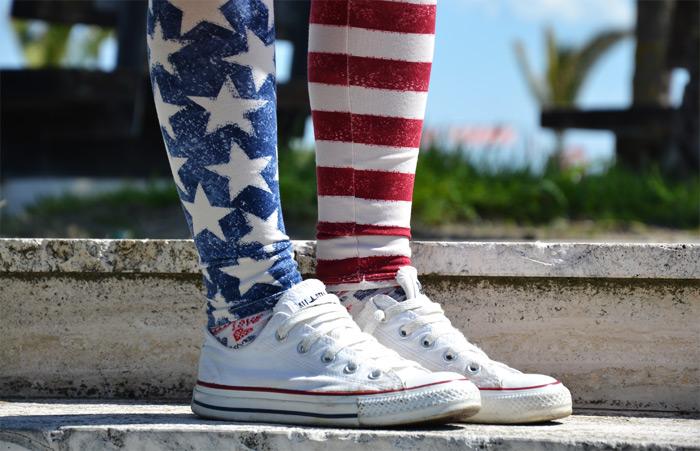 Calzedonia american flag leggings, Banana Taipei bag and Converse All star - outfit fashion blogger It-Girl by Eleonora Petrella