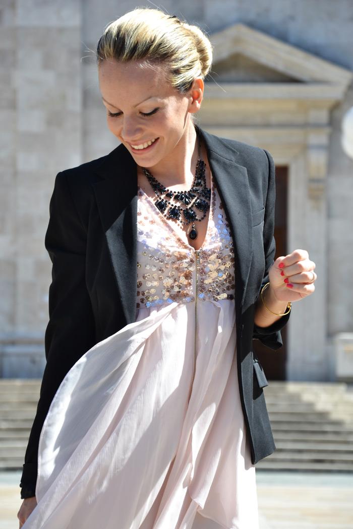 Pink chiffon dress, Prada bag and Zara black heels - Italian fashion blogger It-Girl by Eleonora Petrella
