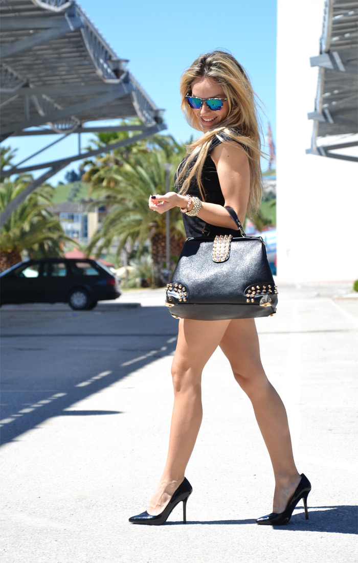Outfit fashion blogger mirrored sunglasses and Oasap bag - It-Girl by Eleonora Petrella