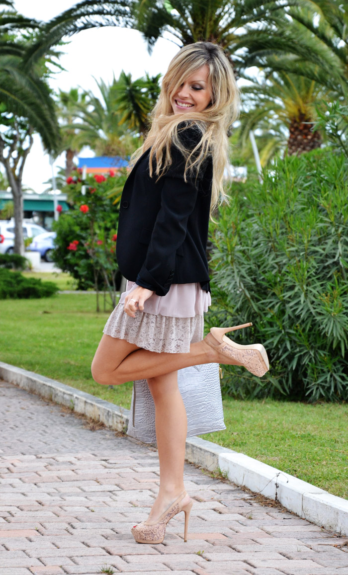 Zara sandals, pink lace dress and black blazer - outfit spring 2012 fashion blogger It-Girl by Eleonora Petrella