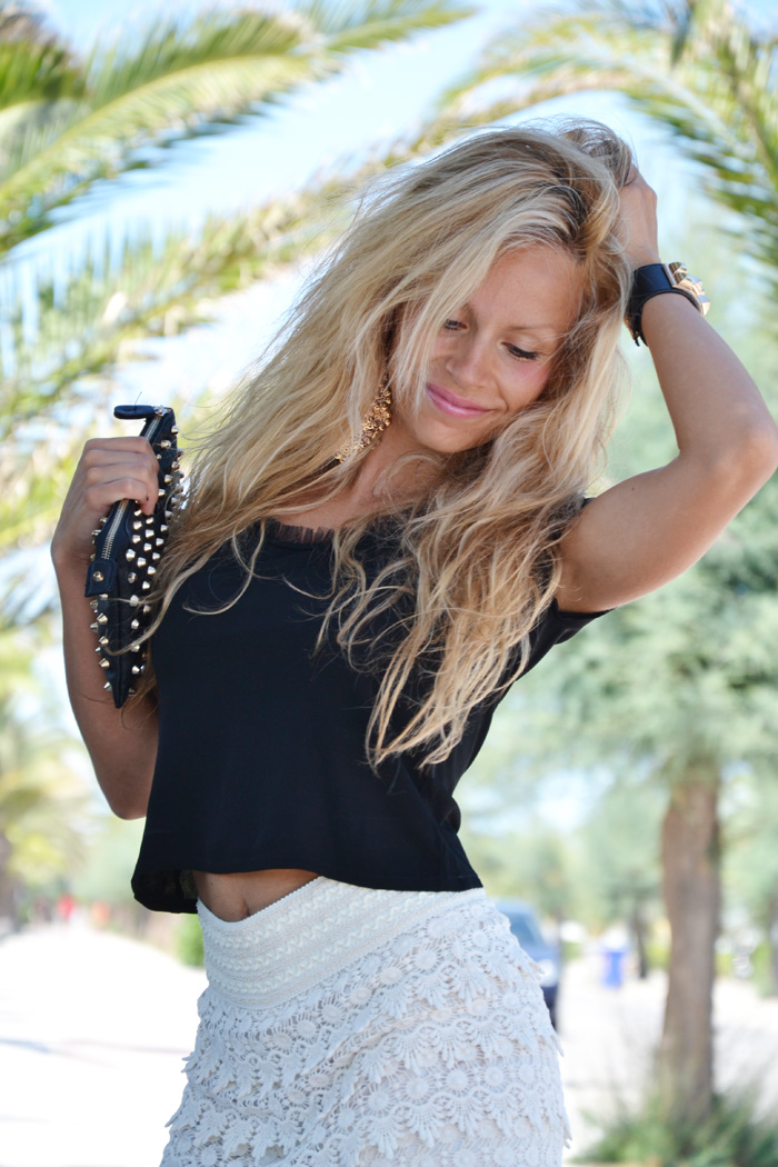 Crochet shorts and crop top trends summer 2013 - outfit fashion blogger It-Girl by Eleonora Petrella