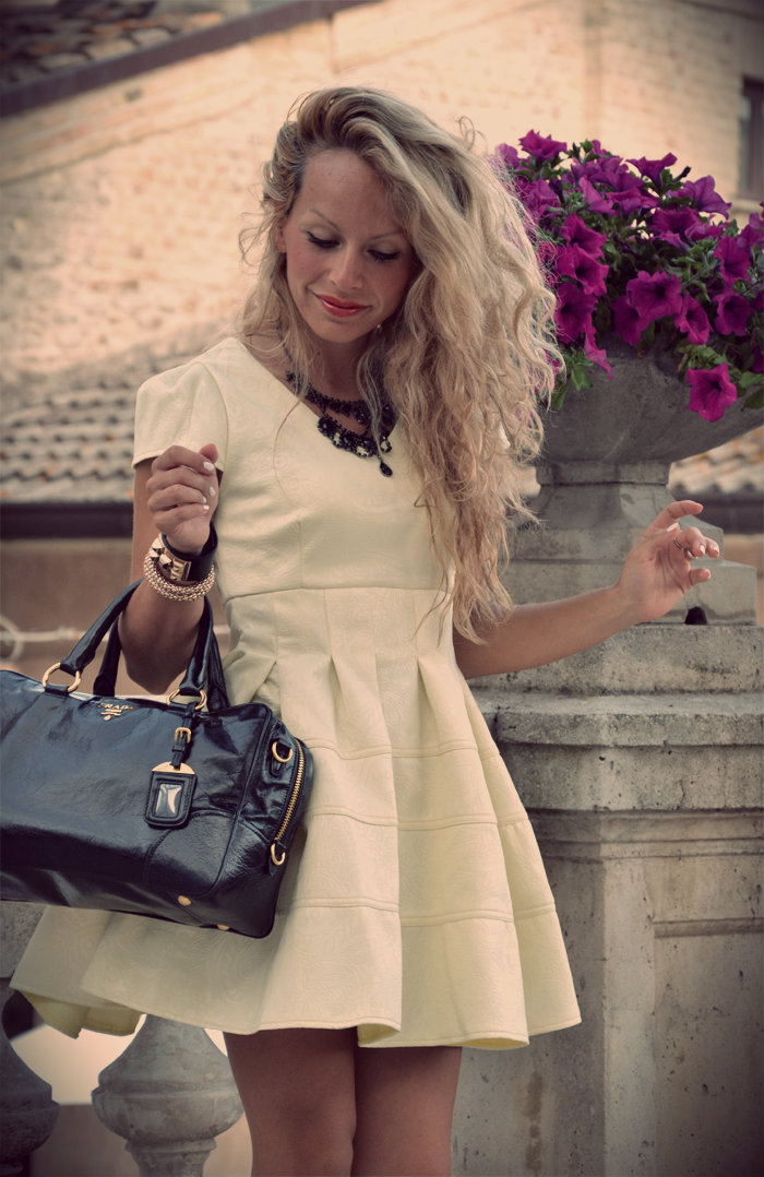 Chicwish fairy tales yellow dress and Prada bag – chic outfit fashion blogger It-Girl by Eleonora Petrella