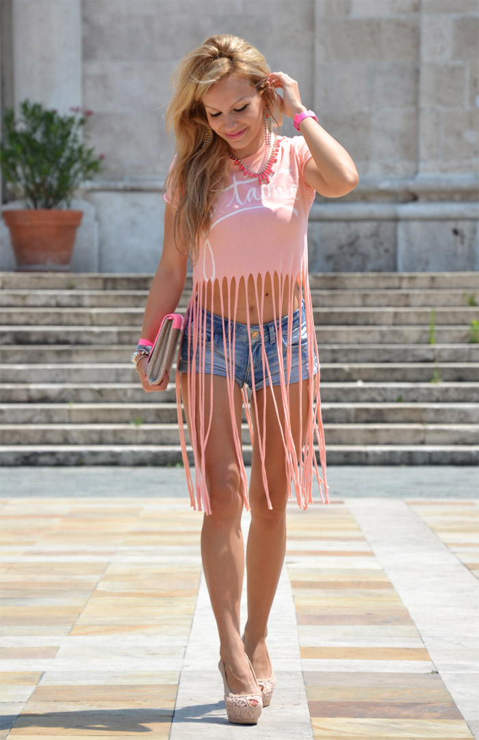 Anais Nereto TeeTrend top con frange Elena Santarelli - outfit estate 2013 fashion blogger It-Girl by Eleonora Petrella