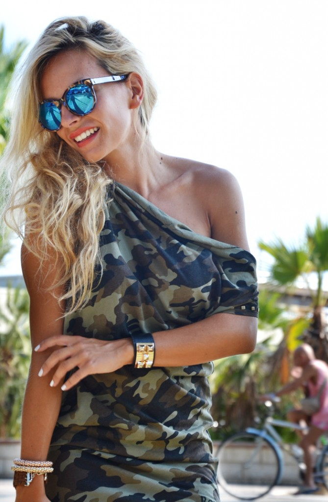 <!--:it-->Military camouflage dress<!--:-->
