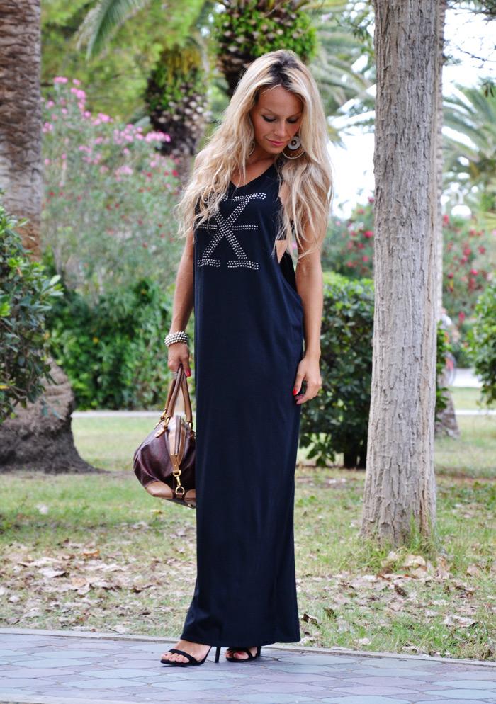 Maxidress - vestito lungo nero H&M - outfit total black summer 2013 - look estivi 2013 - fashion blogger It-Girl by Eleonora Petrella