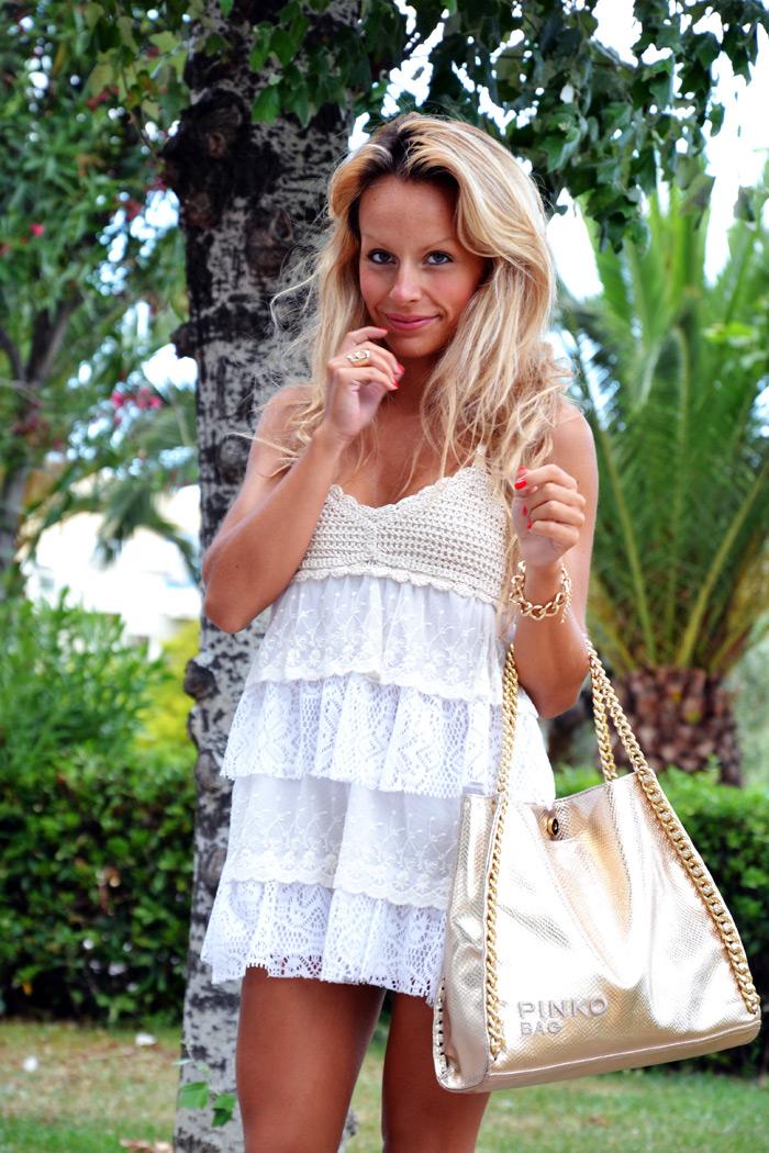 Crochet and lace dress - borse Pinko bag- outfit di fine estate 2013 fashion blogger It-Girl by Eleonora Petrella