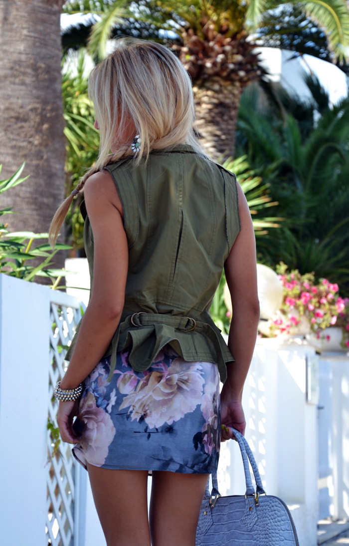 Zara floral dress and Oasap army green vest, Arcadiabags - outfit september 2013 italian fashion blogger It-Girl by Eleonora