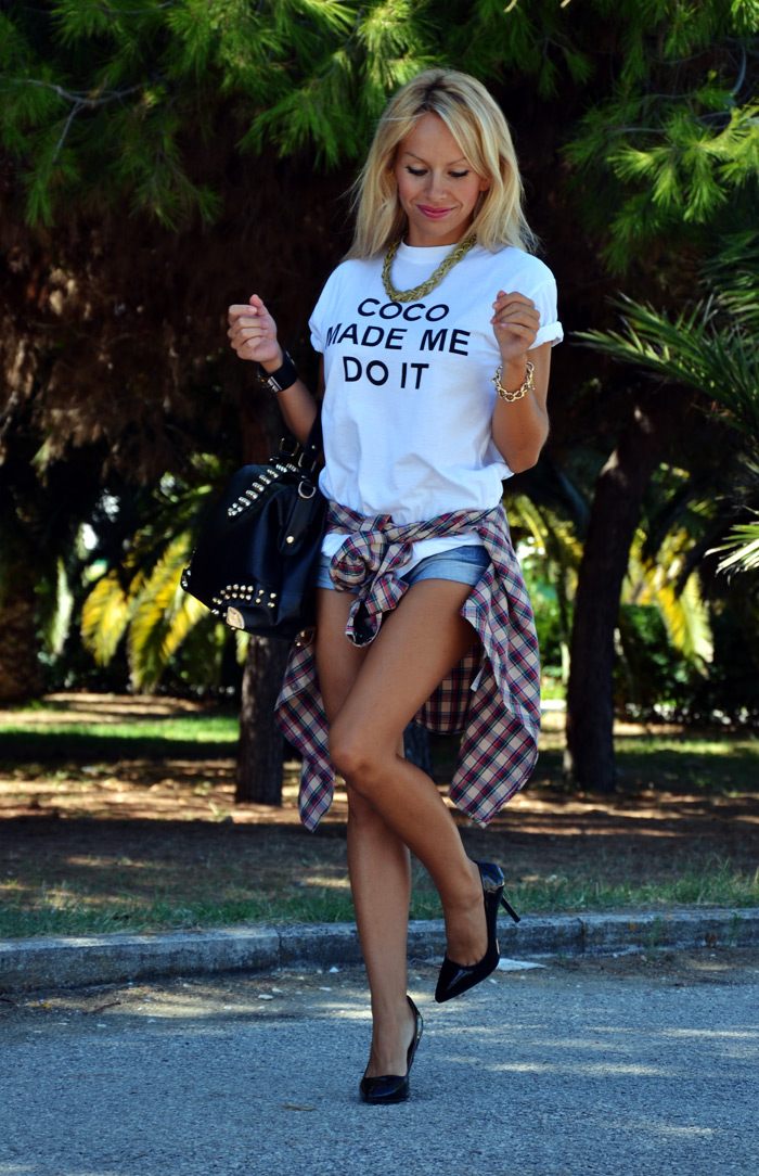 Coco made me do it t-shirt, Zara pumps, bag with studs - outfit fashion blogger autumn tartan trend It-Girl by Eleonora Petrella