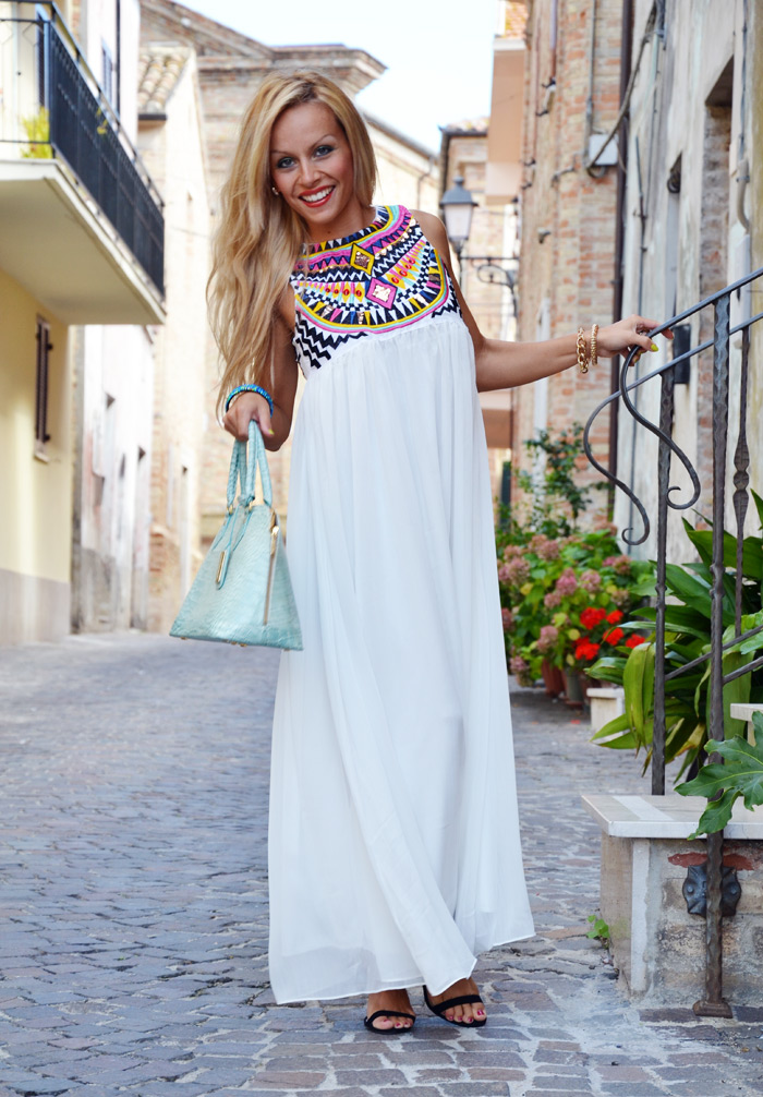 SheInside ethnic maxi dress, Zara black sandals and Arcadiabags - outfit september italian fashion blogger It-Girl by Eleonora Petrella