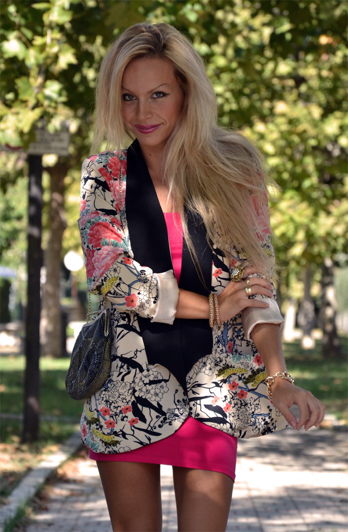 Floral Persunmall blazer kimono, H&M dress and Zara sandals - outfit september 2013 italian fashion blogger It-Girl by Eleonora Petrella