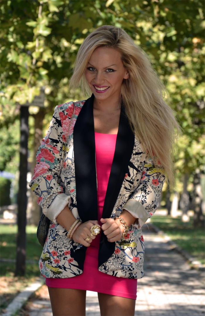 Floral Persunmall blazer kimono, H&M dress and Zara sandals - outfit september 2013 italian fashion blogger It-Girl by Eleonora Petrella