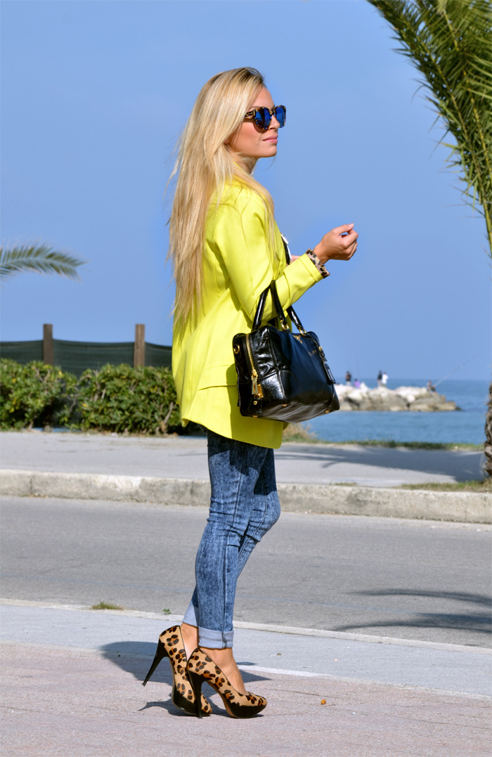 Yellow blazer and denim skinny jeans - Zara animalier leopard pumps and Prada bag - outfit fall 2013 italian fashion blogger It-Girl by Eleonora Petrella
