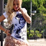 <!--:it-->Tract t-shirt and feather skirt <!--:-->