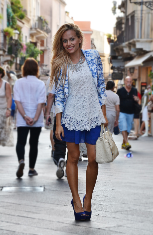 Romwe porcelain print blazer, skater skirt, Furla bag and Zara high heels – outfit Taormina fall 2012 fashion blogger It-Girl by Eleonora Petrella