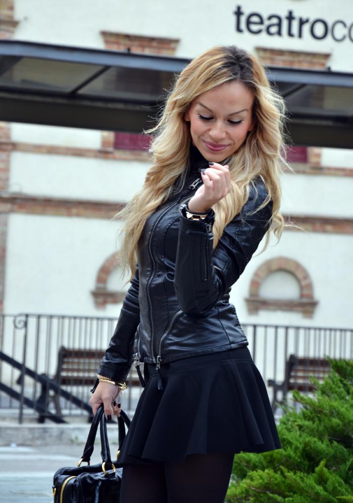 Leather jacket, skirt with trumpet hem, Zara pumps, Prada bag - outfit fall winter 2013 italian fashion blogger It-Girl by Eleonora Petrella