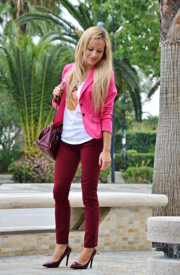 Krey Store t-shirt con collana - Coccinelle borse autunno inverno 2013 - burgundy trend fall 2013 - outfit fashion blogger It-Girl by Eleonora Petrella